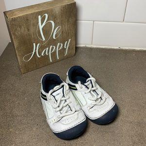 Stride rite sneakers boys size 5